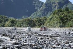 Fuori dalla strada che guida pinatubo Filippine di mt Fotografie Stock Libere da Diritti