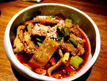Fuqi feipian - τεμαχισμένη γλώσσα βόειου κρέατος και βοδιών στη σάλτσα τσίλι Στοκ Εικόνες