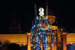 Fur dels Baus występ z milenium mężczyzna dla nowego roku Zdjęcie Stock