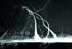 Furacão do truque de Vape em um fundo escuro Foto de Stock