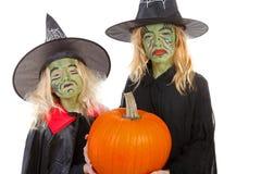 Furchtsame grüne Hexen für Halloween Lizenzfreie Stockfotos