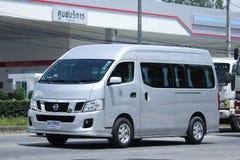 Furgone dello scuolabus dell'università di Maejo Nissan Urvan Fotografia Stock
