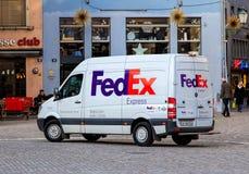 Furgone di Fedex nella vecchia città di Zurigo Immagini Stock