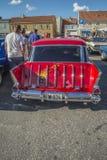 Furgoneta 1957 del nómada de Chevrolet Imagenes de archivo