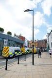 Furgoni di polizia mobilitati prima di una protesta Immagini Stock Libere da Diritti