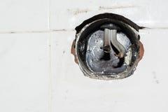 Furo vazio para o soquete bonde com fios danificados fotografia de stock royalty free