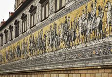 Furstenzug (procession av prinsar) i Dresden germany Royaltyfri Bild