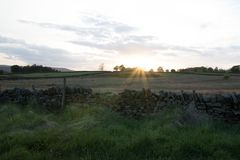 Fusée de coucher du soleil images libres de droits