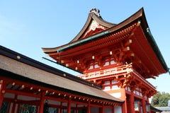 Fushimi Inari Taisha门入口是神Inari的顶头寺庙 图库摄影