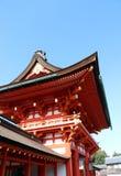 Fushimi Inari Taisha门入口是神Inari的顶头寺庙 免版税库存照片