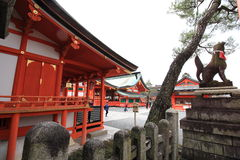Fushimi Inari Taisha relikskrin Royaltyfri Foto