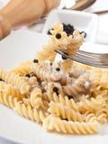 Fusilli и сливк гриба Стоковая Фотография