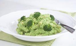 Fusilli com creme verde dos brócolis Imagem de Stock Royalty Free