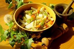 Fusilli mit Gemüse Stockbilder