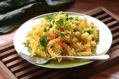 Fusilli pasta med broccoli Royaltyfri Foto