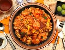 Fusilli pasta och räka Royaltyfri Bild