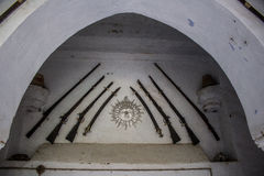 Fusils dans le palais royal Image stock