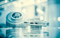 Fusione selettiva del laser Oggetto stampato sui clos della stampante del metallo 3d fotografia stock