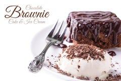 Fuskverk Brownie Cake With Ice Cream Royaltyfri Fotografi