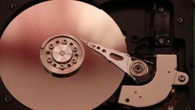 Fuso girante, braccio lettura /scrittura d'oscillazione, vassoio magnetico, dentro di disco rigido, tecnologie informatiche archivi video