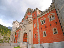 FUSSEN TYSKLAND - Juli 22, 2016: Neuschwanstein slott arkivfoto