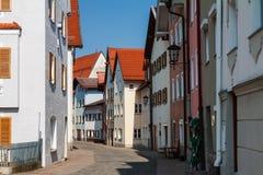 Fussen, vecchia via della città della Germania Fotografia Stock