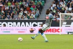 Futbolista Kalidou Koulibaly w akci podczas dopasowania obrazy royalty free