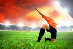 Futbolista po celu zdjęcia stock