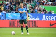 Futbolista Yannick Gerhardt podczas rozgrzewki sesi obraz stock