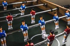 Futbolistas del fútbol de la tabla del fútbol fotografía de archivo libre de regalías