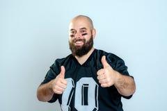 Futbolu amerykańskiego gracz z aprobatami Obraz Royalty Free