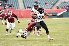 2014 futebol do NCAA - Templo-Cincinnati Imagens de Stock