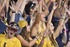 2014 futebol do NCAA - WVU-Oklahoma Imagens de Stock Royalty Free