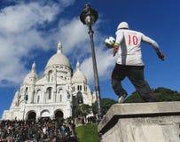 Futebol em Monmartre imagem de stock royalty free