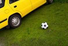 Futebol na grama verde Imagens de Stock Royalty Free