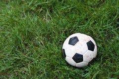 Futebol na terra Imagens de Stock