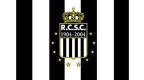 Futebol ostentando real do belga do clube de Charleroi Fotos de Stock Royalty Free
