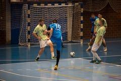 Futsals-Spieler in der Sporthalle Lizenzfreies Stockbild