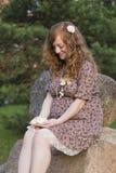Future maman rousse Image libre de droits