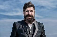 Future r?ussite Mode formelle masculine Hippie caucasien brutal avec la moustache Hippie m?r avec la barbe Homme d'affaires photo stock