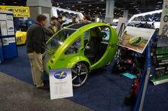 Future voiture solaire/pédale photographie stock