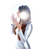 futuristic glass kvinna för hjälmprofilsilver Royaltyfri Foto