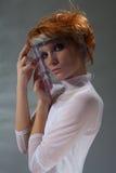 futuristic glass maskeringskvinna Arkivbilder