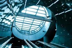 futuristic rulltrappa Arkivfoton