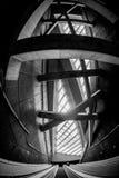 Futuristische architectuur met grote vensters Royalty-vrije Stock Fotografie