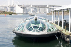 Futuristische veerboot in Tokyo Stock Foto
