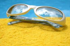 Futuristische Zonnebril Royalty-vrije Stock Fotografie