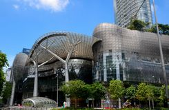 Futuristisk Ion Orchard shoppinggalleria: Singapore Royaltyfri Bild