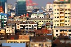 Futuristisk panorama för flyg- sikt av framkallning av den Yangon staden myanmar arkivfoton