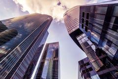 Futuristisk sikt av Moskva-stad skyskrapor Arkivbild